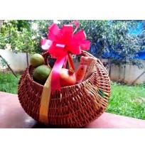 """""""Fresh Organic Fruit"""" Gift Basket"""